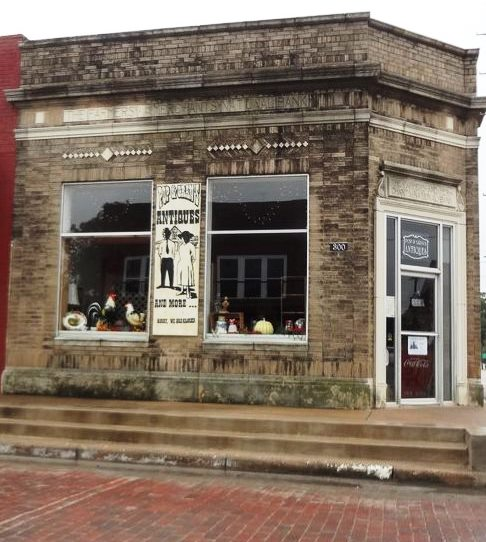 Farmers and Merchants Bank Building | Historical Markers